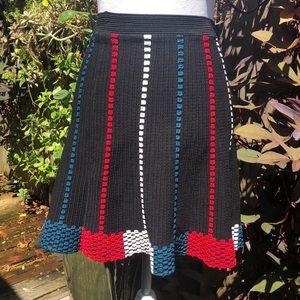 BCBGMaxazria Black Knit Swing Skirt Sz XS   B146